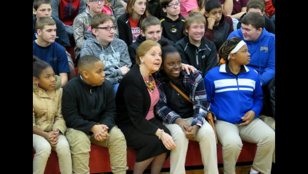 Marion Blumenthal Lazan sat with students while she was at Shawnee High School. Photo by Amber Skelton.