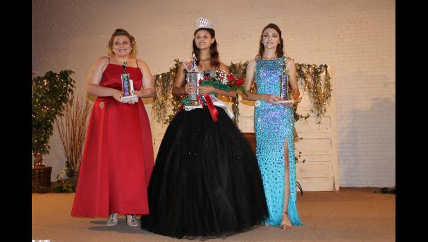 From left are second runner up Shaylynn Dickerson, 2017 Miss Cache River Adrianne Sargent and first runner up Erica Ralls.