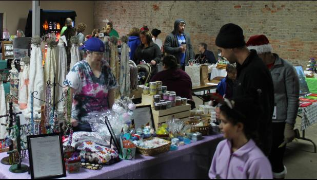 The Anna Arts Center hosted a holiday bazaar, which featured Christmas-themed crafts and other items.