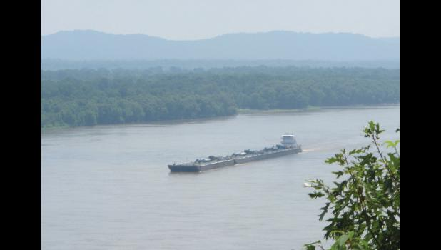 A river vessel of some sort was making its way, ever so slowly, north on the Mississippi River. The soup that was passing for air made photographs a bit of a challenge from the overlook at the Trail of Tears State Park.